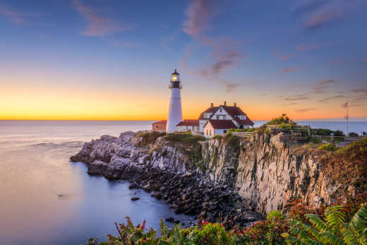 Experience unique stretches of coastline on a New England tour