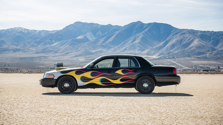 corddrys-flaming-cop-cruiser-53k-mile-2011-ford-crown-victoria-police012-top-gear-america-home-built-performance-hot-rod