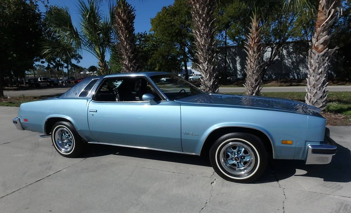 a-supreme-choice-1976-oldsmobile-cutlass-supreme00w0w YjnbTFHTEVz 0uY0ne 1200x900