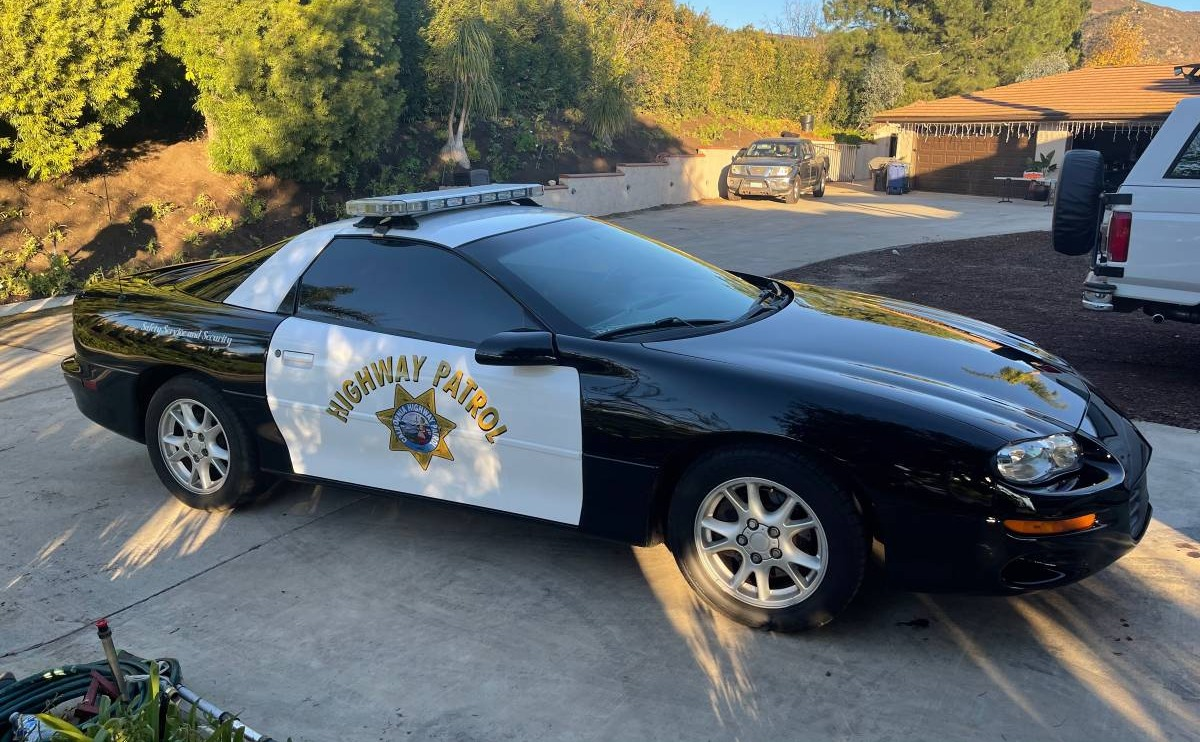 final-year-b4c-2002-chevrolet-camaro-rs-california-highway-patrol00j0j cUVbiiNntZDz 0CI0t2 1200x900