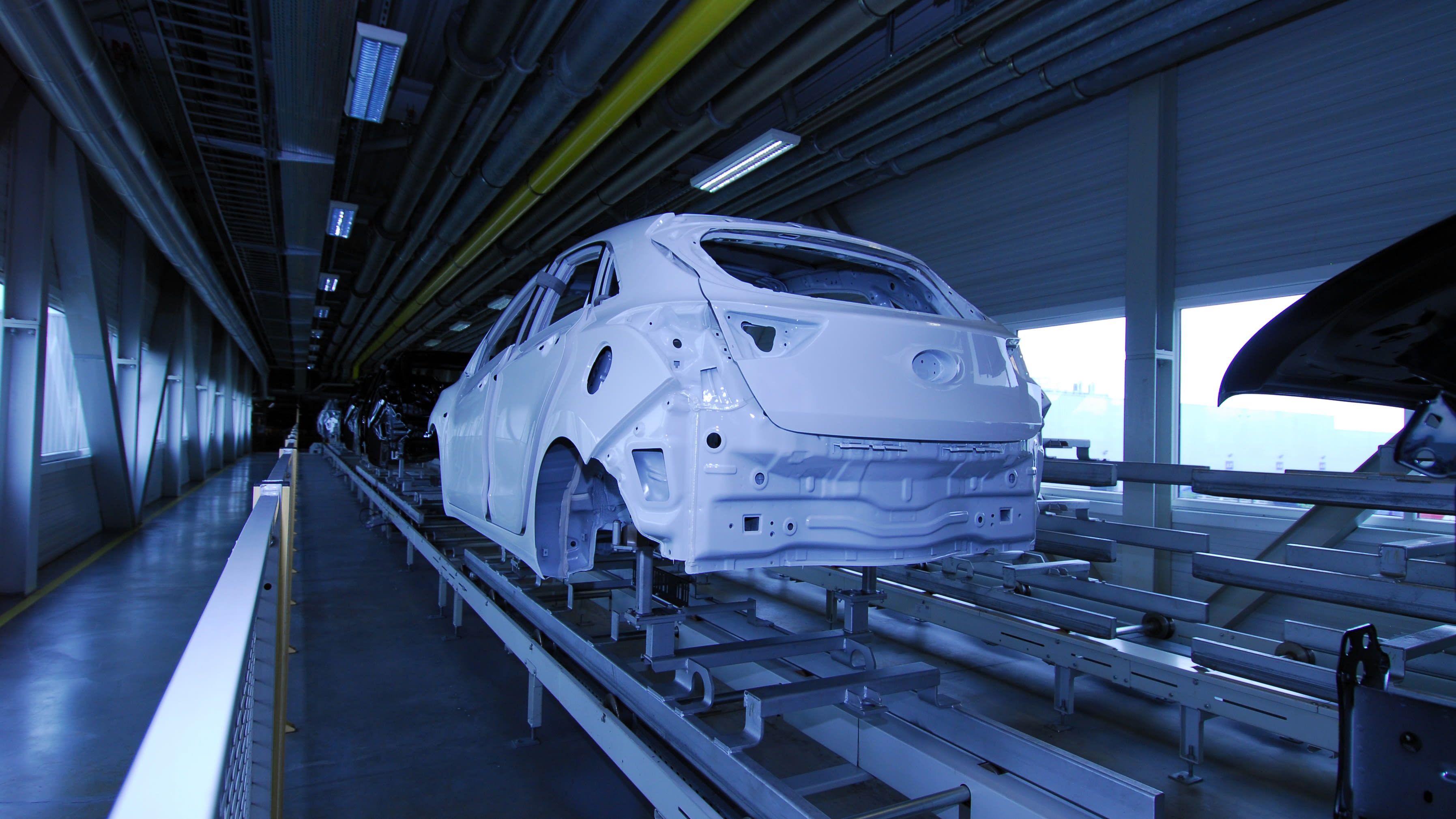 Downtime reasons and production status for automotive manufacturers