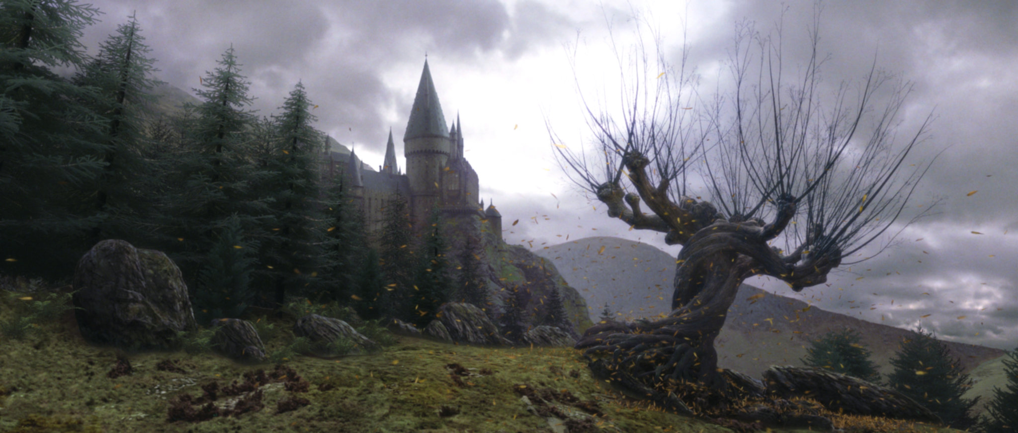 Hogwarts castle and the Whomping Wilow