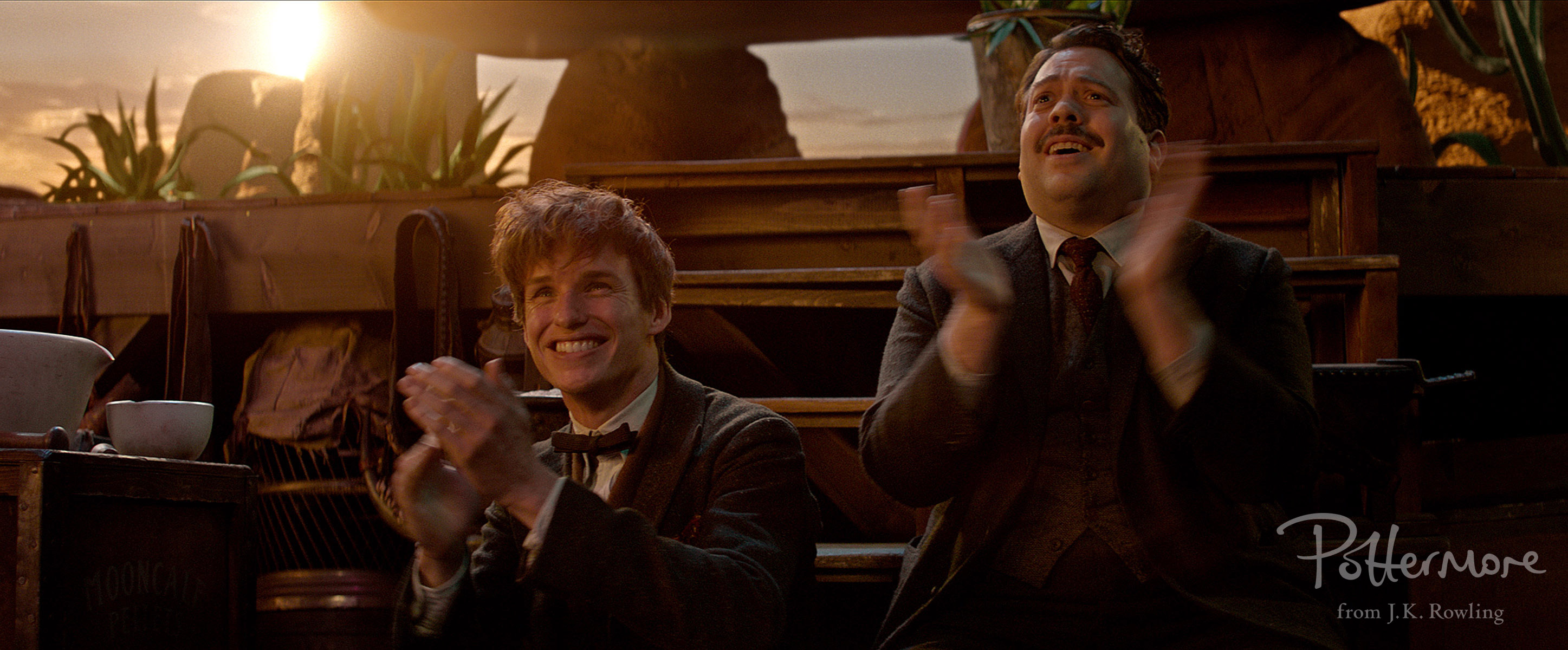 Newt Scamander and Jacob Kowalski in Fantastic Beasts and Where to Find Them