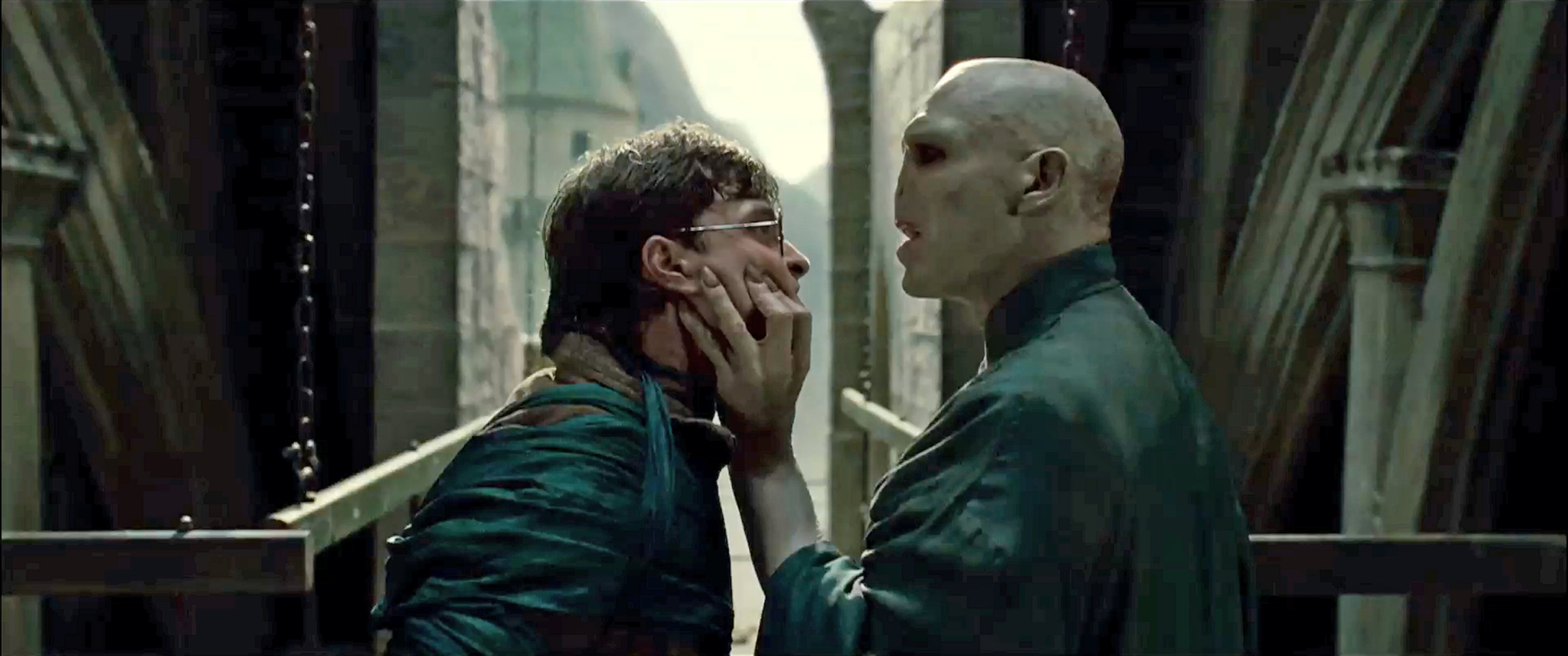 Voldemort grabbing Harry's face in the Deathly Hallows part 2