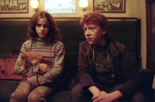 29 signs that Hermione liked Ron from the start - Pottermore