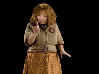 Molly Weasley wags her finger