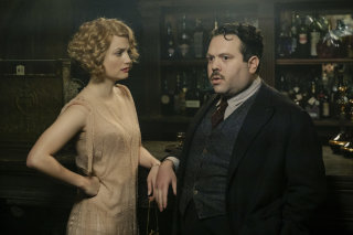 Queenie and Jacob visit The Blind Pig speakeasy