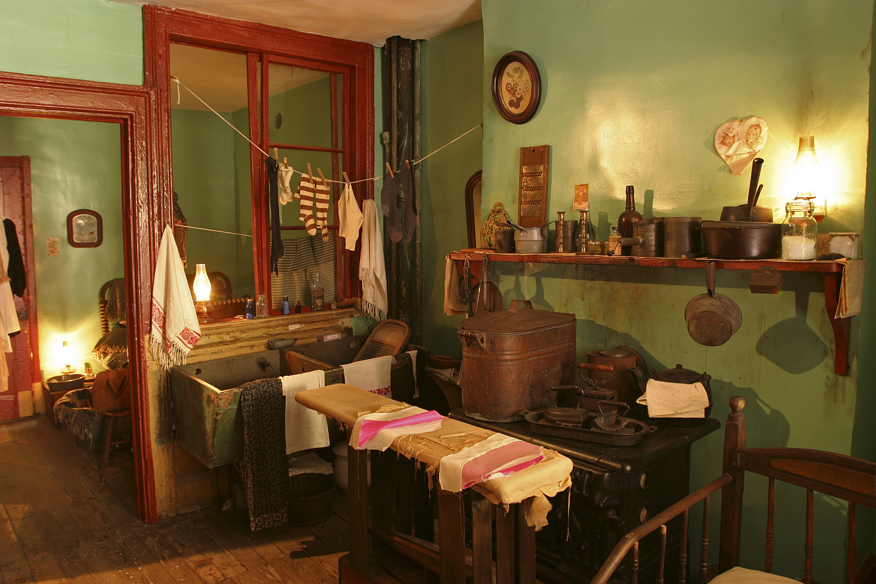 Inside New York s Tenement Museum Pottermore