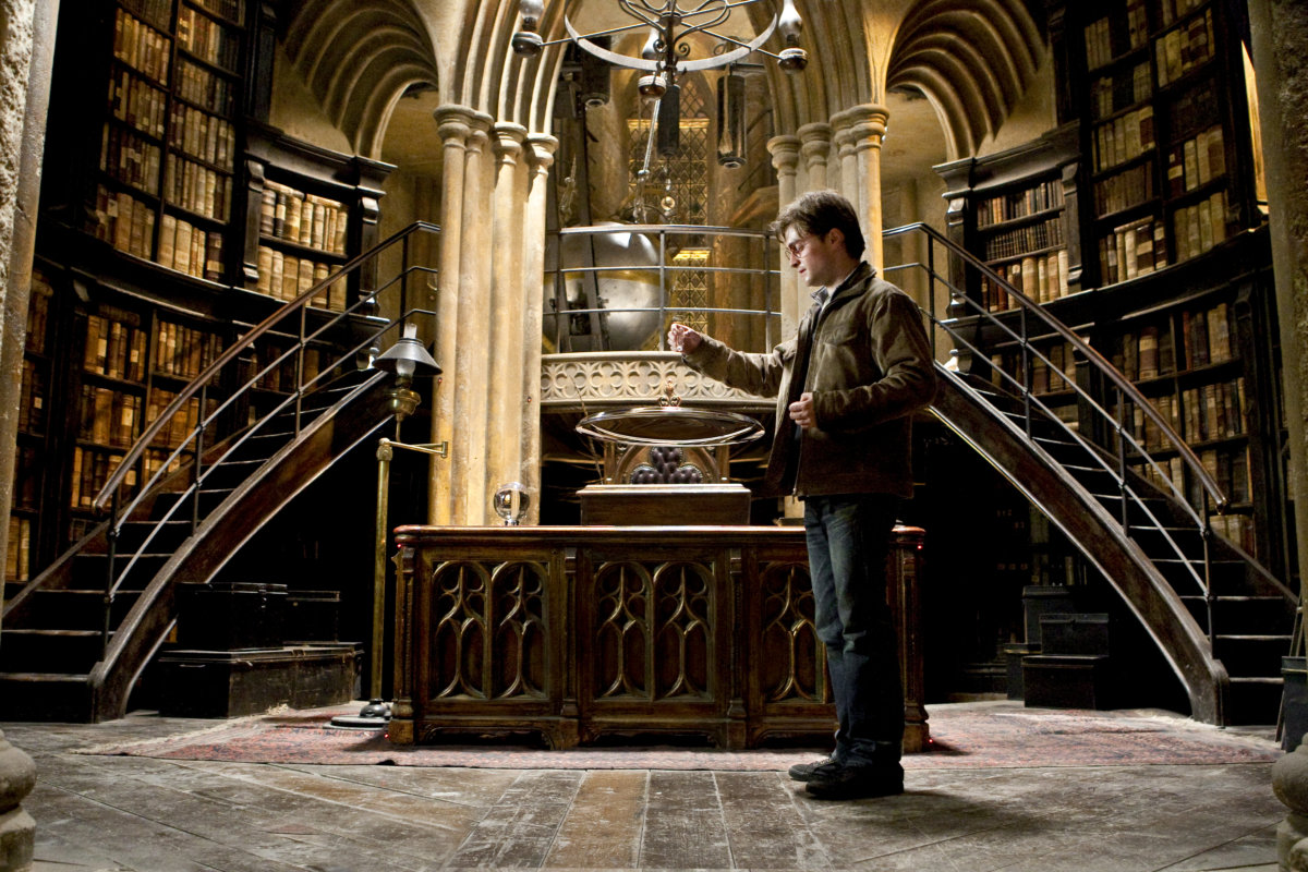 Harry Looks For Answers Pottermore