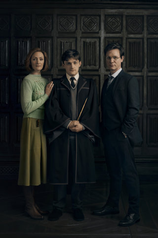 CC Harry Potter and the Cursed Child Cast 3: Harry, Ginny, Albus