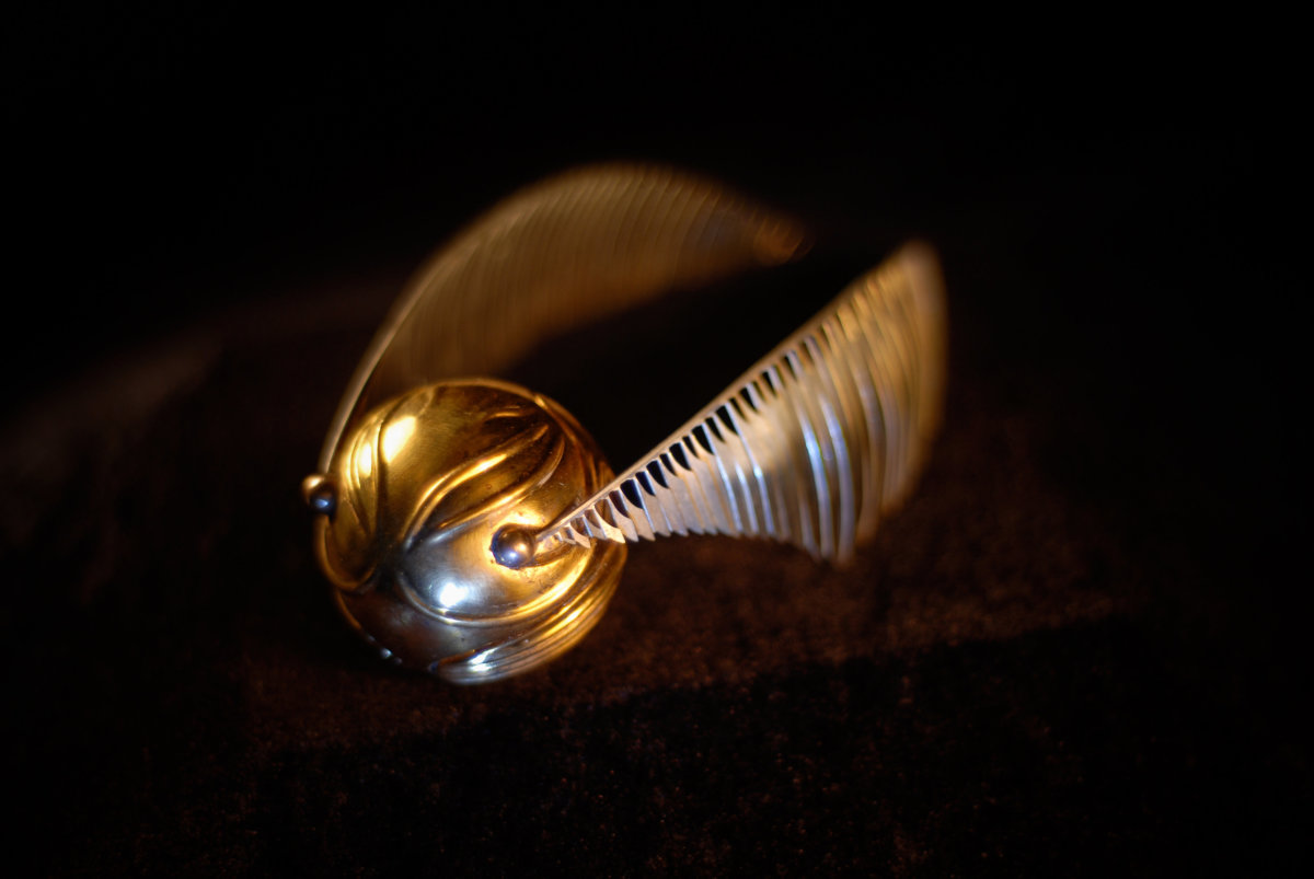 designing the golden snitch pottermore