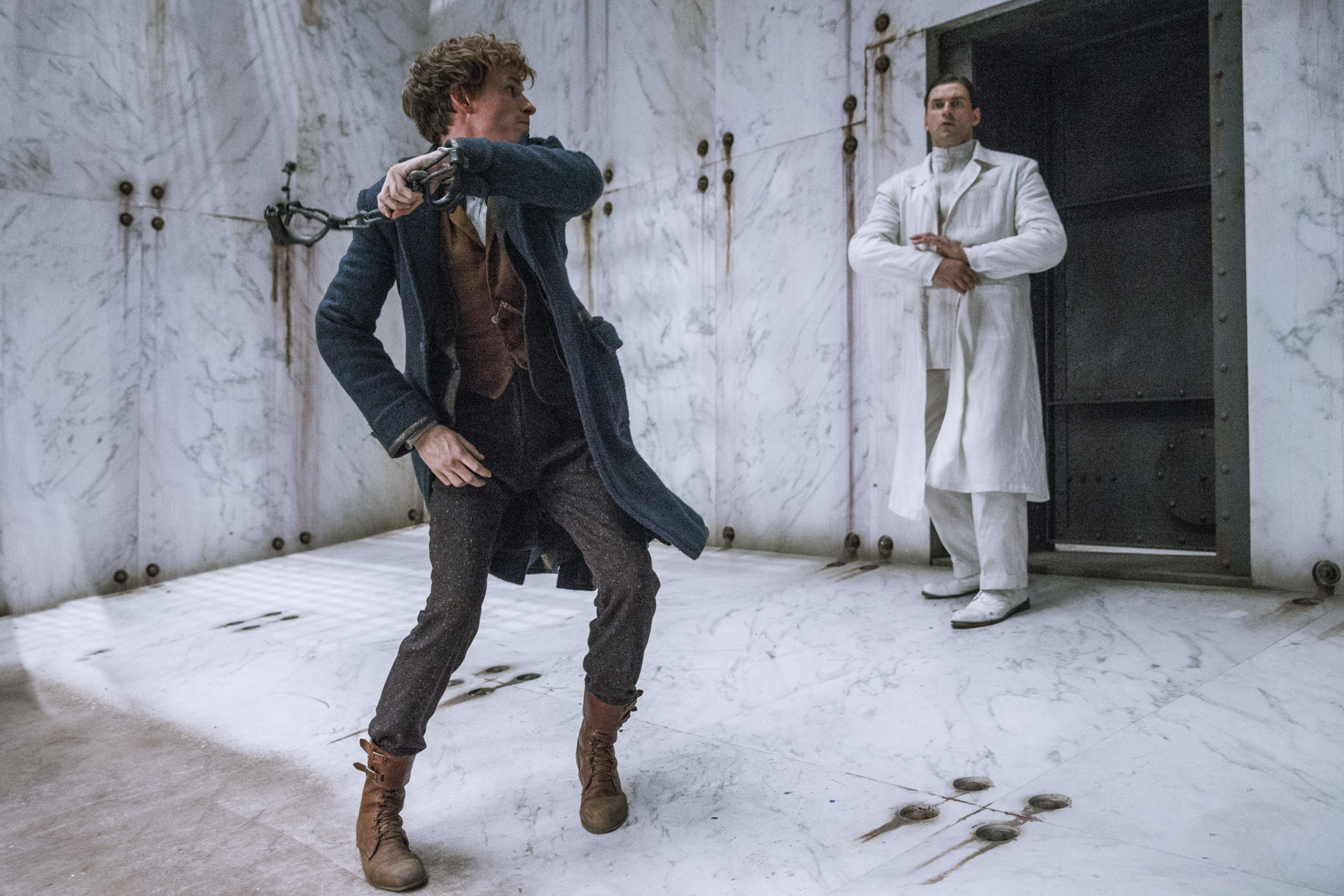 Newt Scamander tries to escape the Death Cell at MACUSA