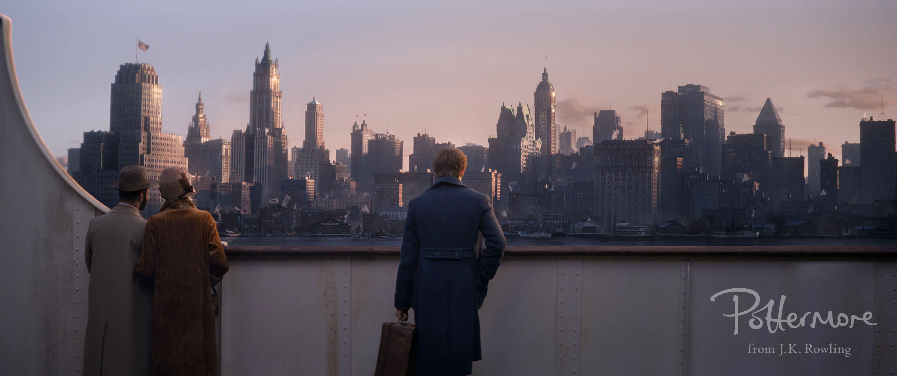 Newt looking at New York