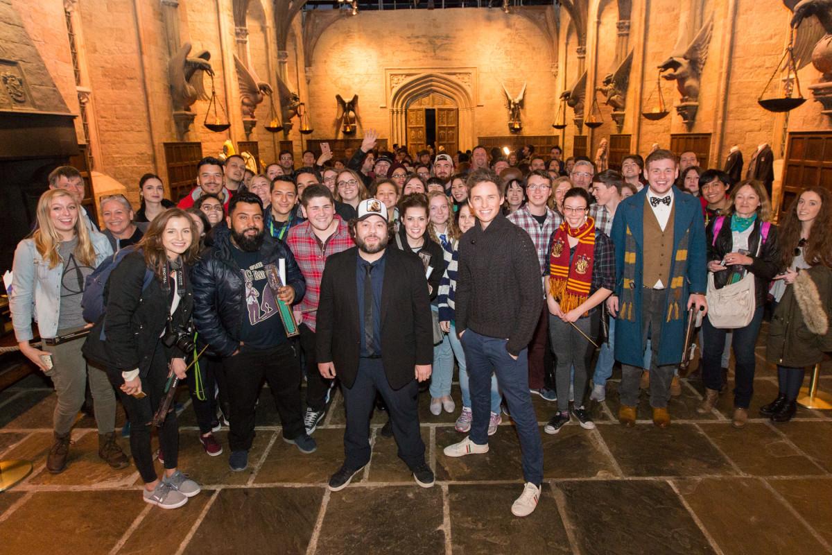 Eddie Redmayne Surprises Harry Potter Fans With A Visit To Hogwarts