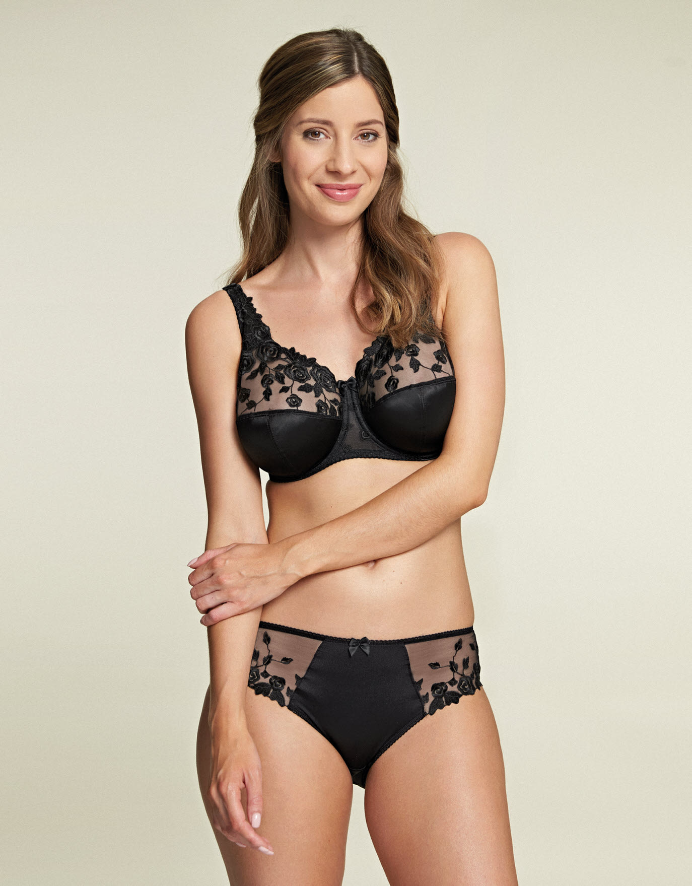 d9069d5b6 Belle Full Cup Bra in Black by Fantasie