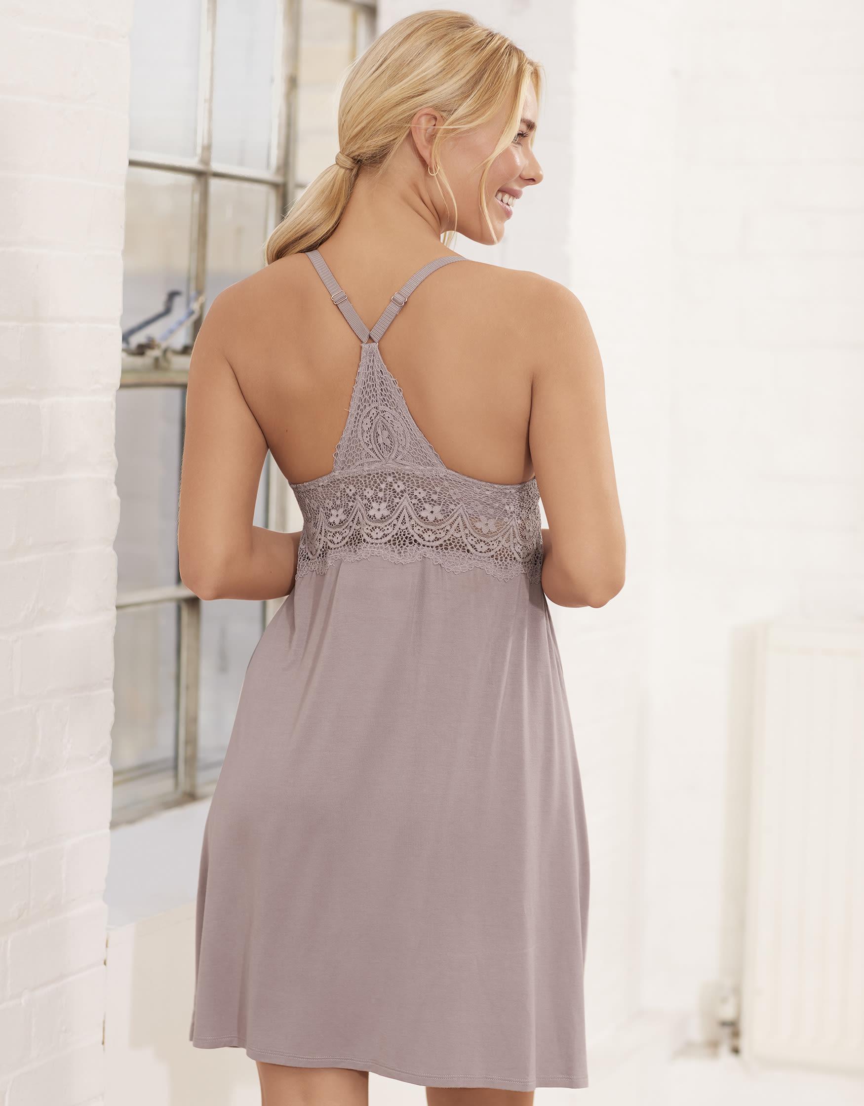 e43e9a50ff379 Pyjamas   Nightwear with Bra Support
