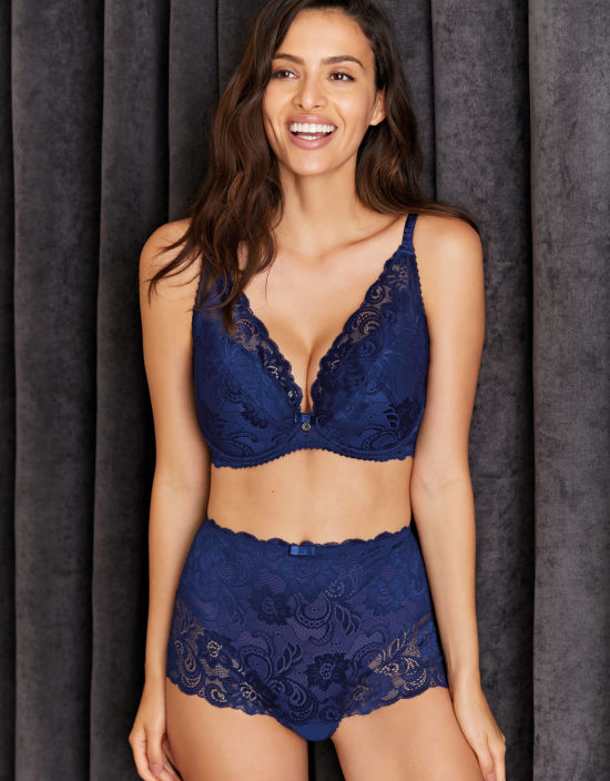 5d299bfa41fd4 Gypsy Plunge Bra in Navy by Gossard