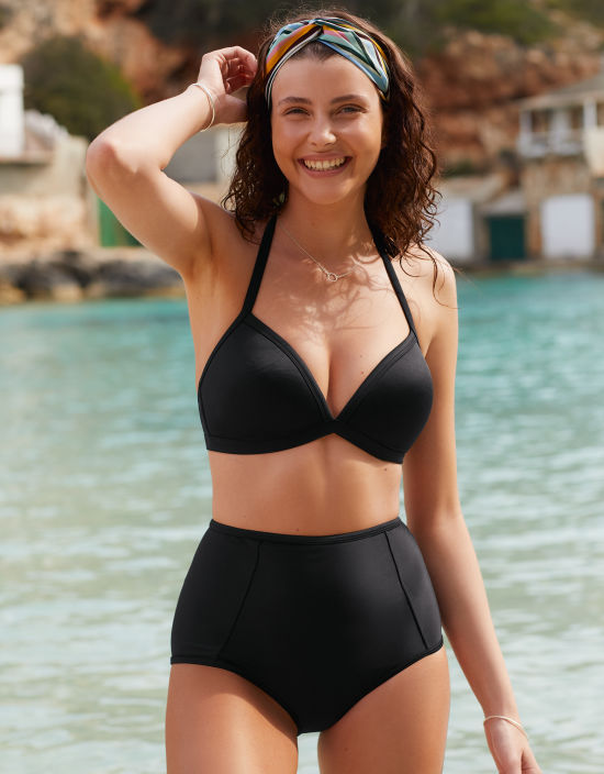 a1e65f82de534 Bravissimo Hawaii Bikini Top