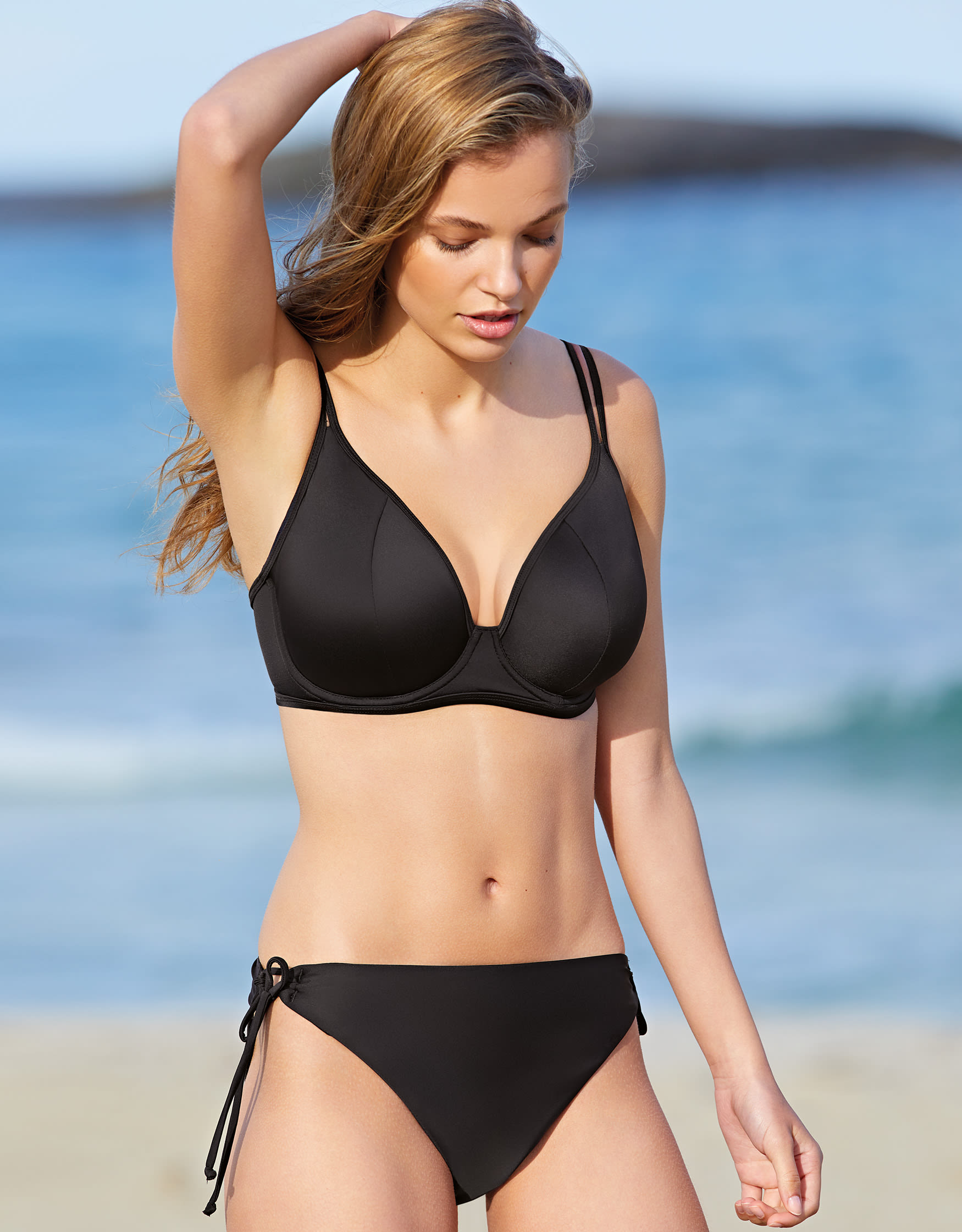 d7a0694db1c09 36GG Cup Bikinis   Swimwear