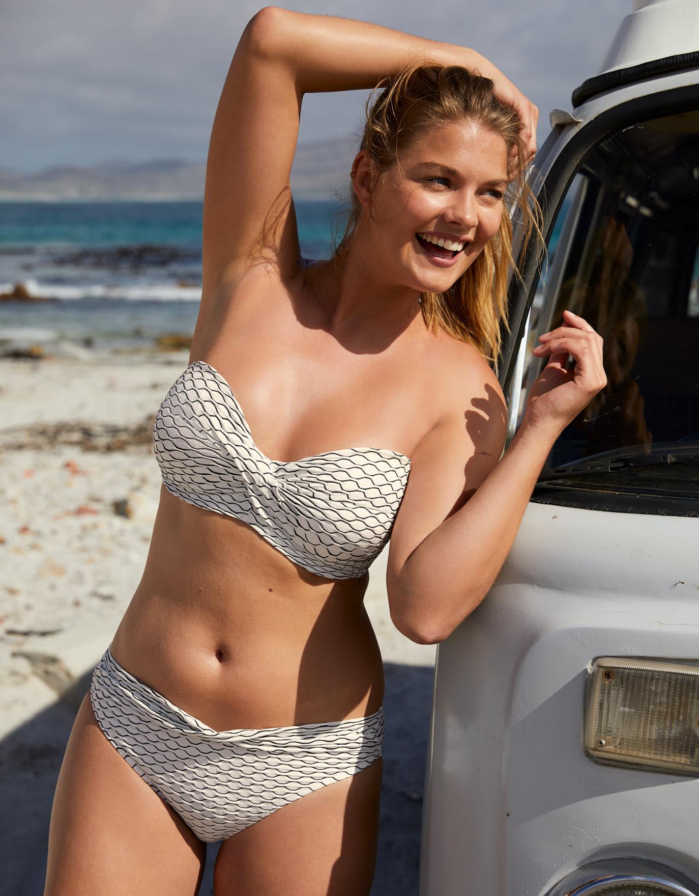 bd0109e82aac7 32FF Cup Bikinis   Swimwear