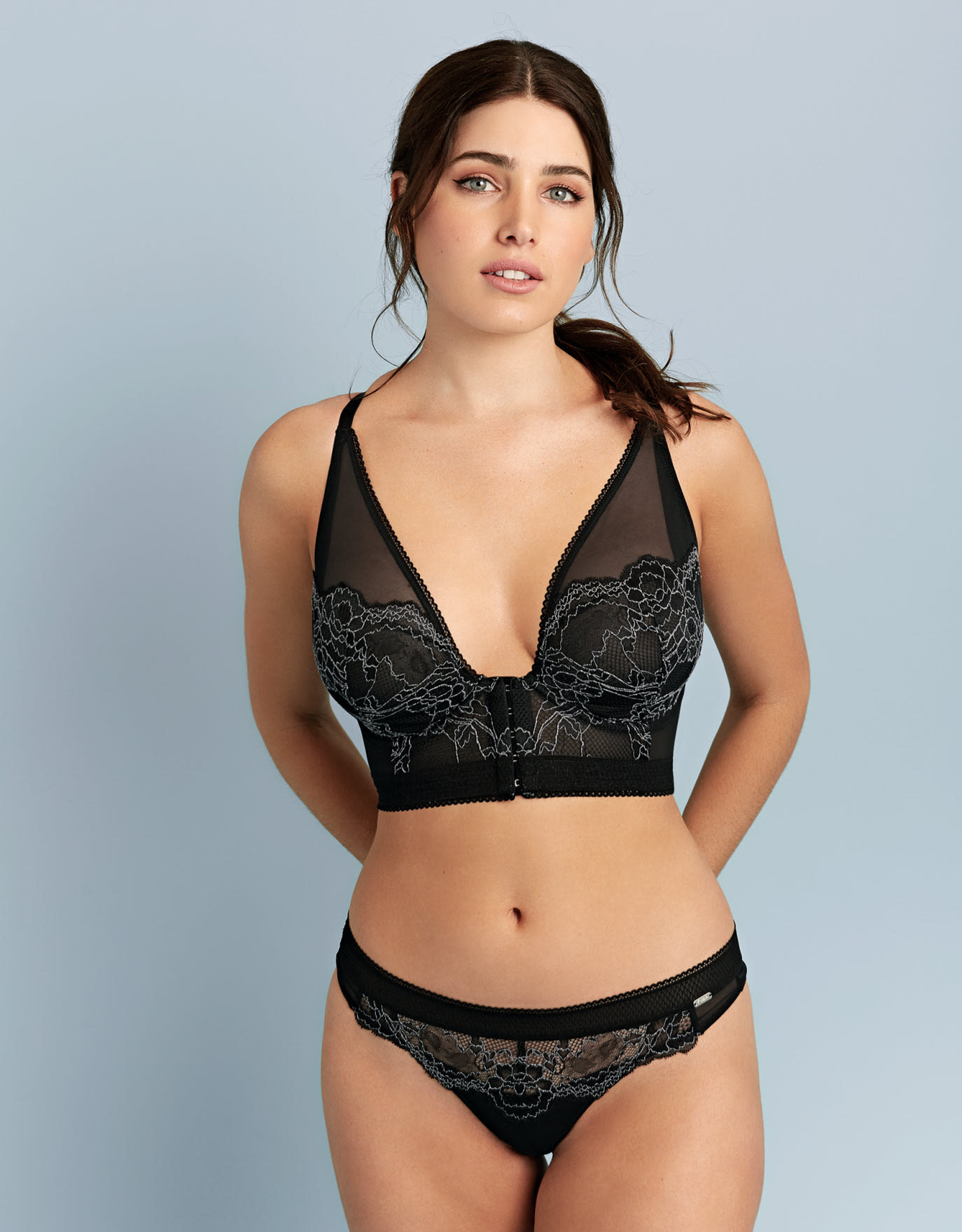 Sport Lux Plunge Bralette In Black By Gossard