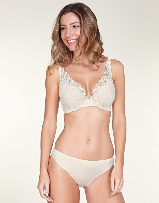 602d6ddbec Refined Glamour Plunge Bra in Ivory by Wonderbra