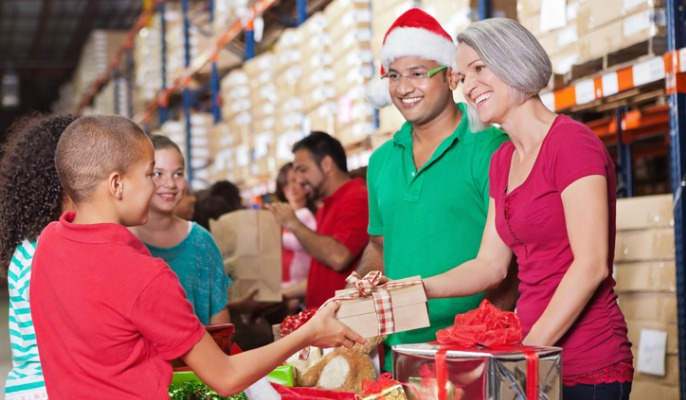 charitable giving at Christmas