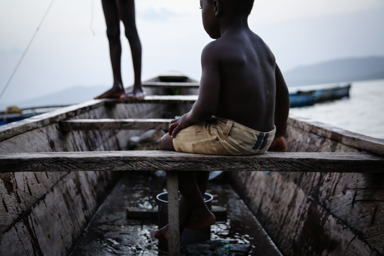 15 Powerful Photos that Capture Child Slavery #12