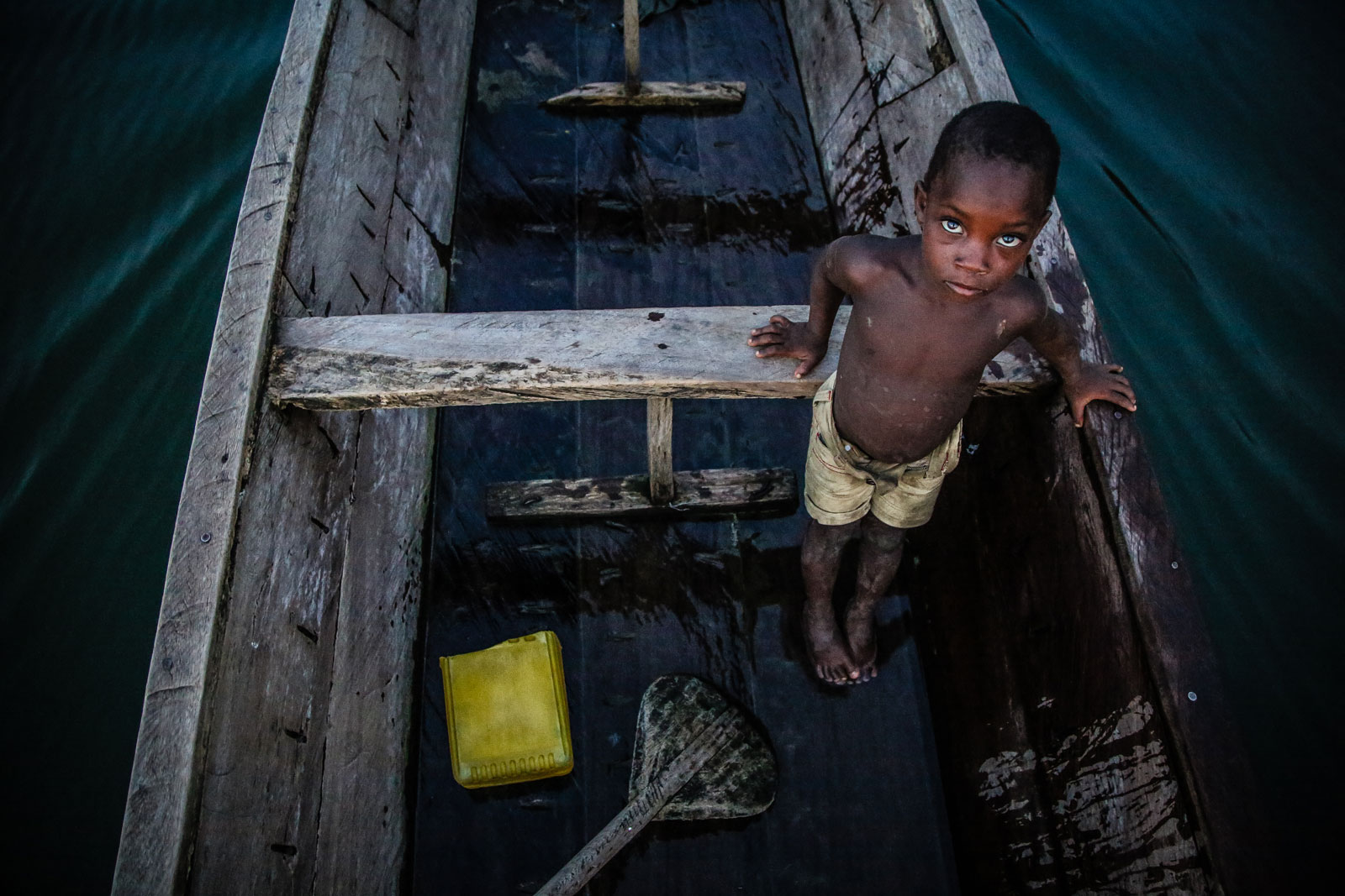 15 Powerful Photos that Capture Child Slavery #4