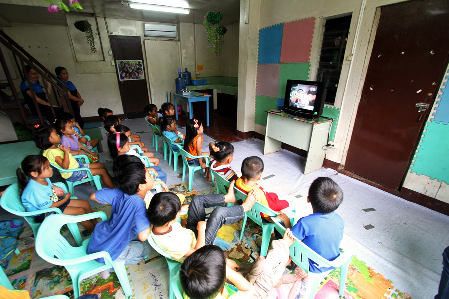 Children In Poverty With Television