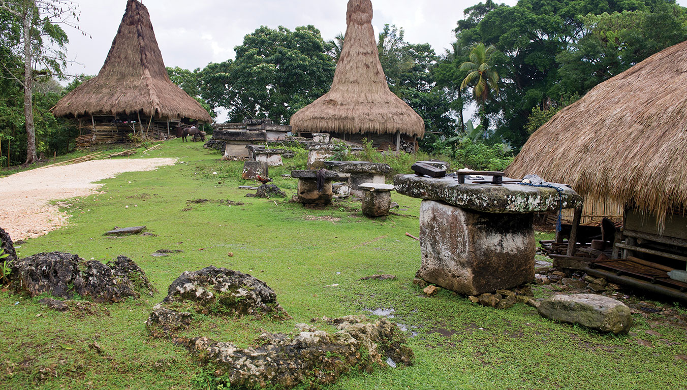 indonesia-village-sumba-island-the-wait-is-over