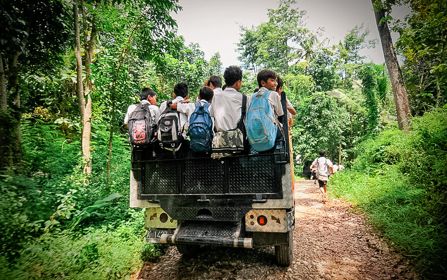 17 Astonishing Journeys to School by Children in Poverty