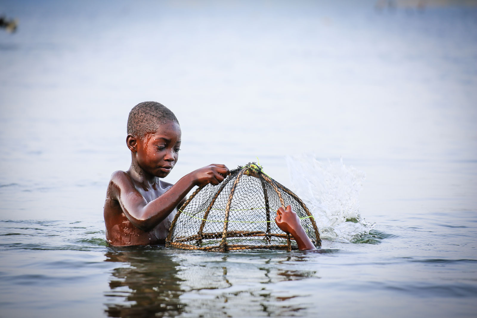15 Powerful Photos that Capture Child Slavery #9