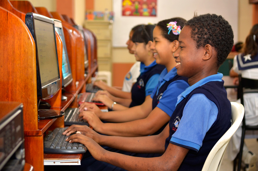 Children In Poverty With Computers