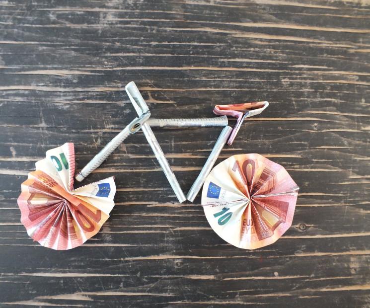 Geldgeschenk fahrrad basteln anleitung zum nachbasteln - Fahrradfelge basteln ...