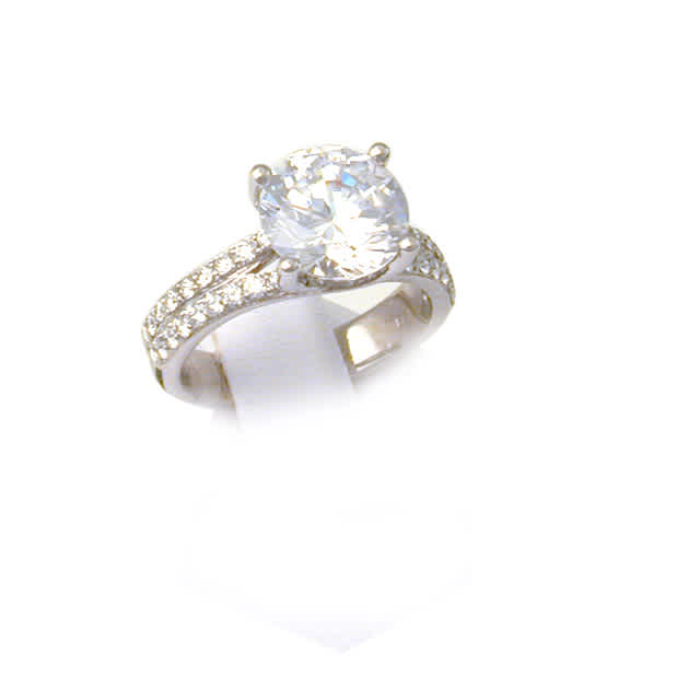 Ring Solitaire w/ TW 0.50cts.
