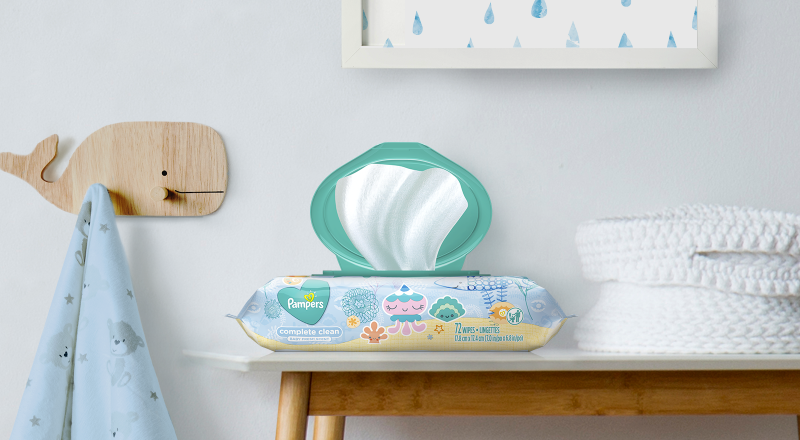 Pampers® Complete Clean Baby Fresh Scent™