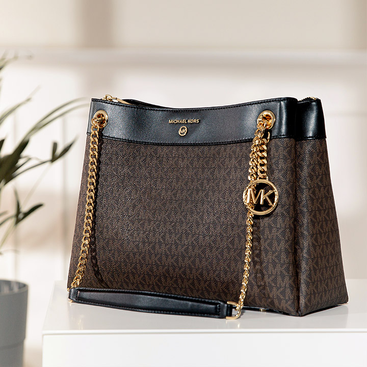 Michael Kors Charm MD Wallet On Chain Crossbody Bag Black in