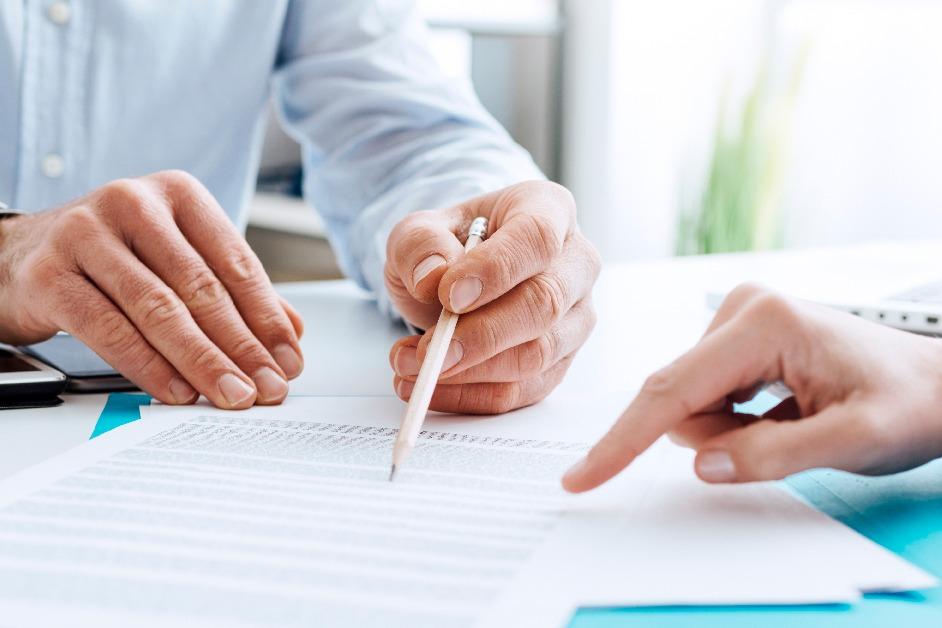 Documentos con cuentas de ahorro para vivienda