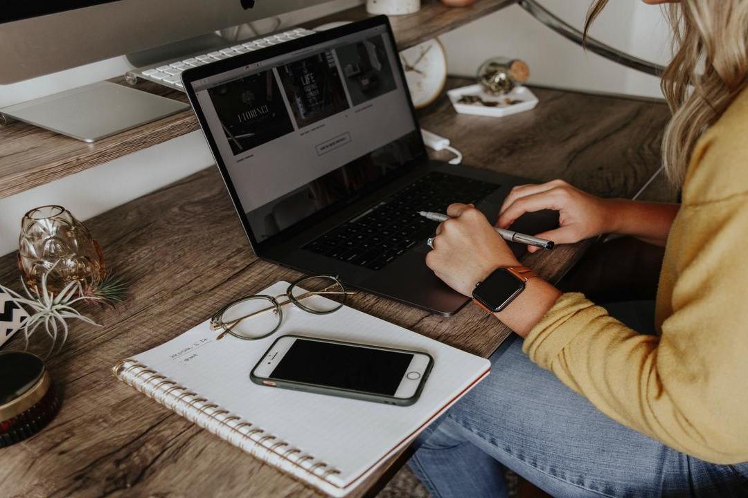 Tips de home office para trabajar desde casa - La Haus
