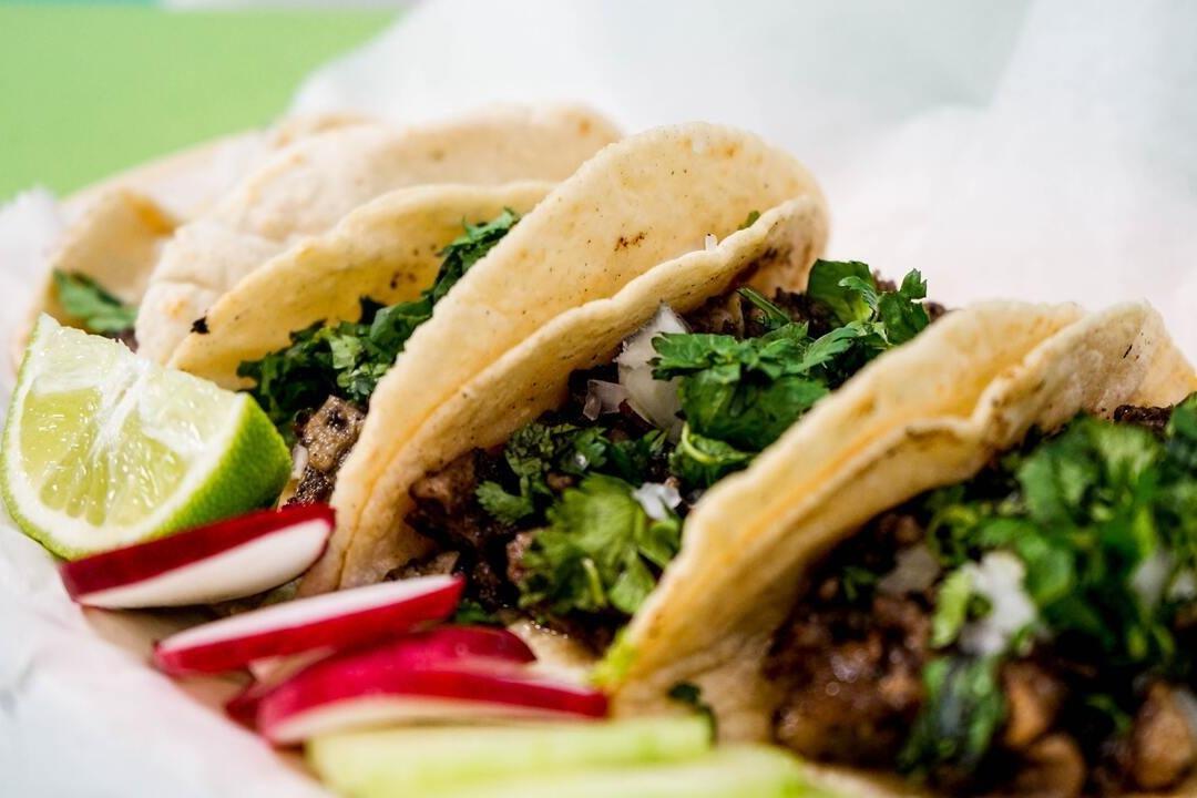 Receta de tacos de carnitas estilo mexicano - La Haus