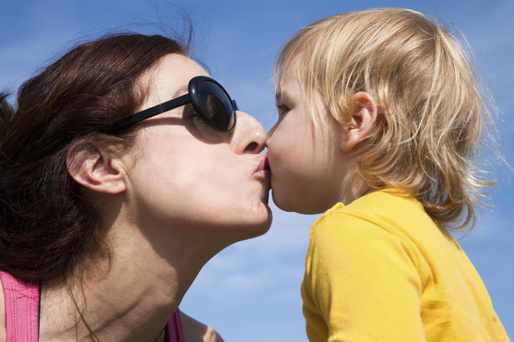 Mund Küssen Auf Den Kinder Cudgel