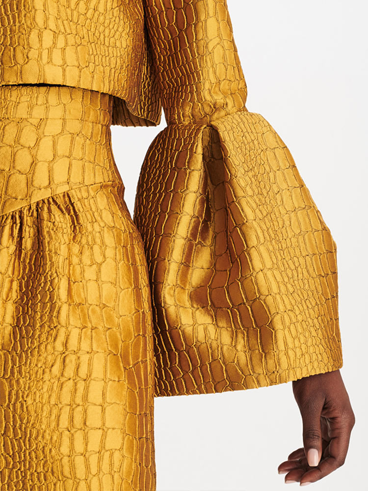 LOOK13 P1 ALLIGATOR JACQUARD CROP JACKET GOLD 03