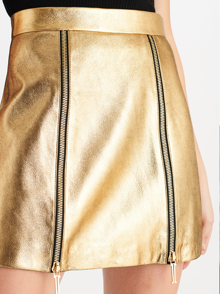 LOOK01 P2 METALLIC SHEARLING SKIRT GOLD 04