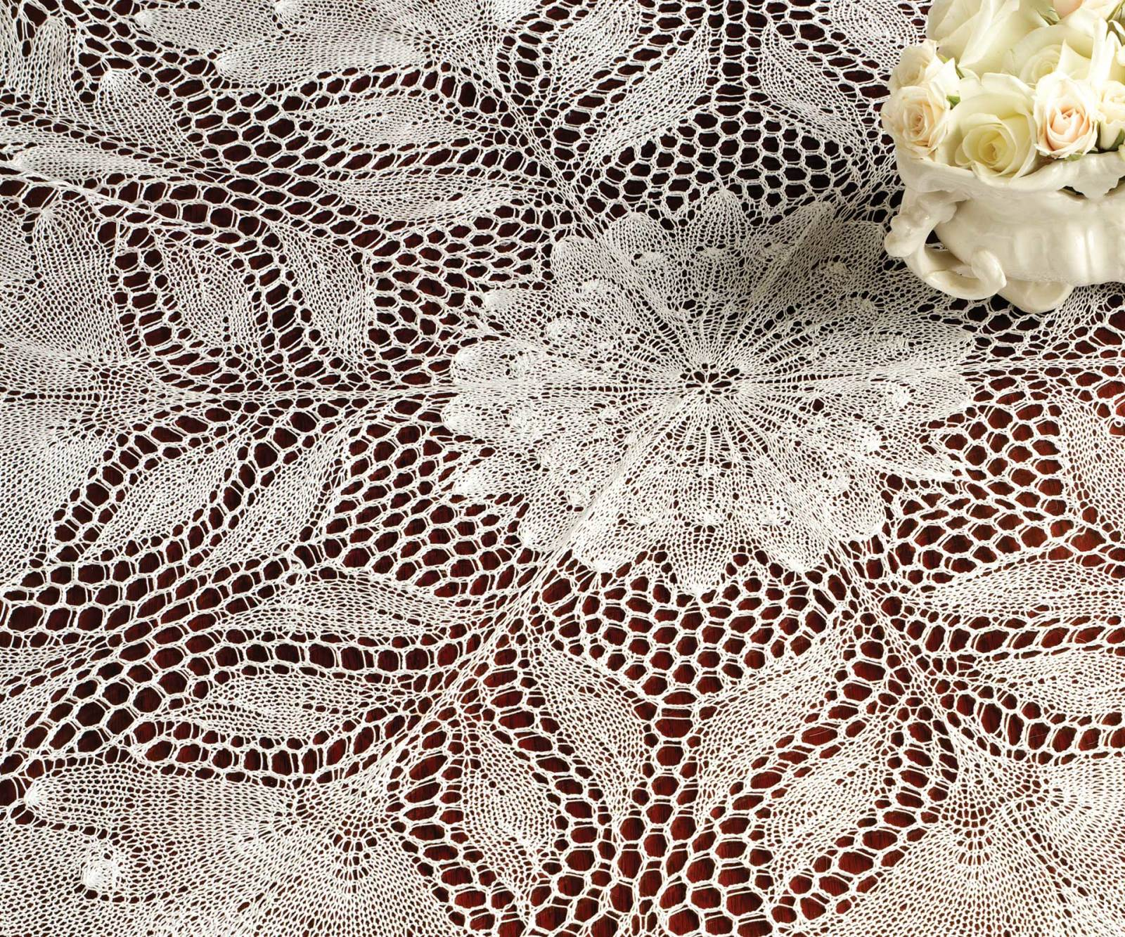 2 sizes 1 Beautiful Cotton Crocheted Rose Centered Doily