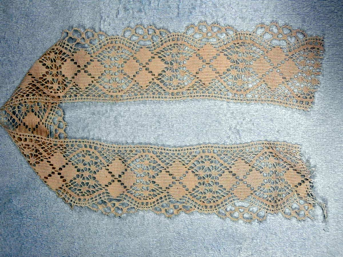 Lacemaking-in-New-Pitsligo-3