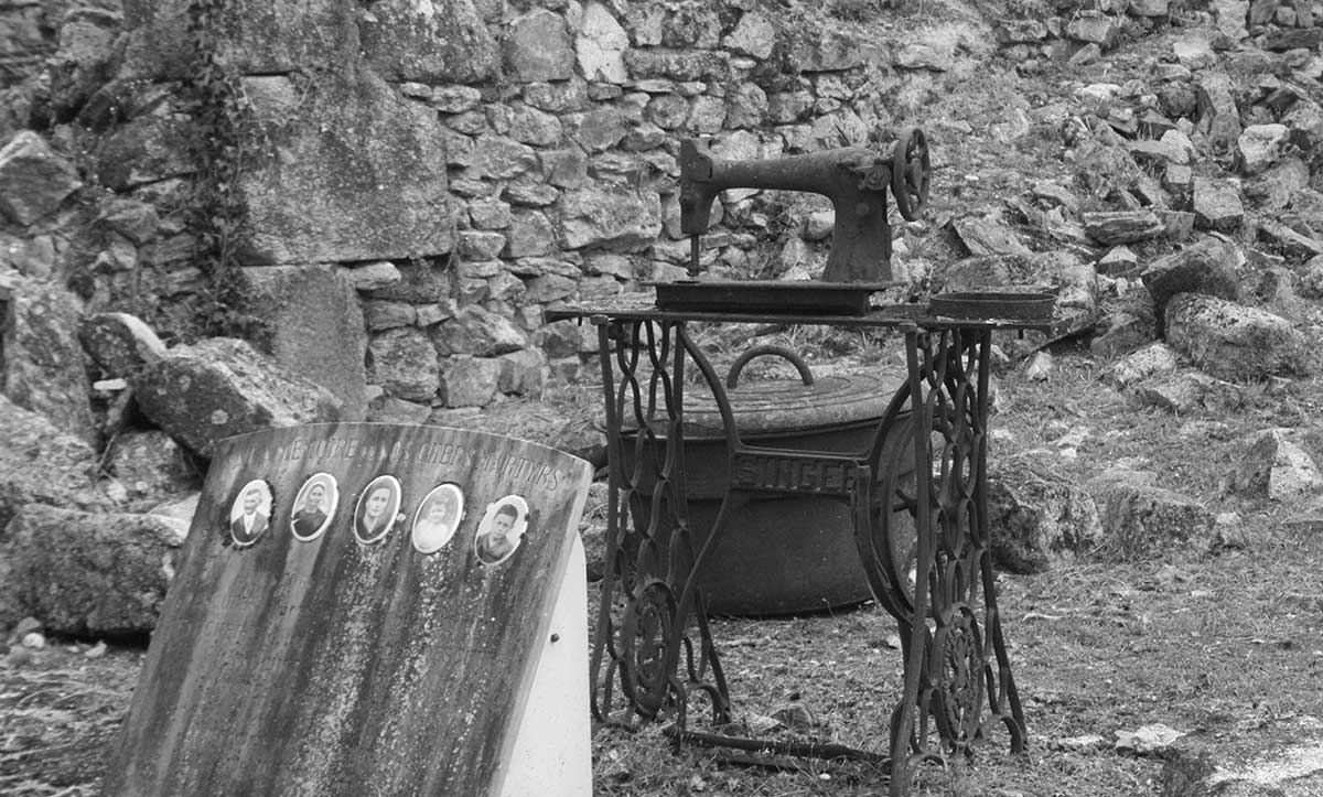 Sewing-Machines-Oradour-sur-Glane-4