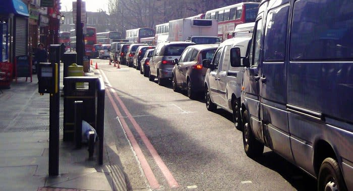 tips for driving in heavy traffic