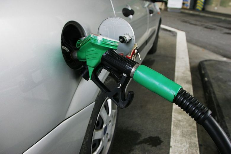 What's the difference between petrol and diesel
