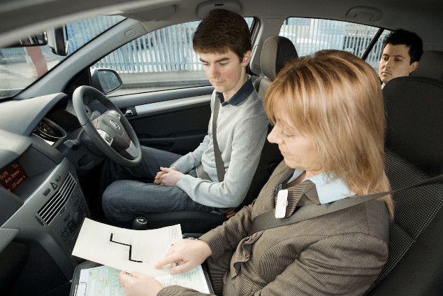 Independent driving in the driving test